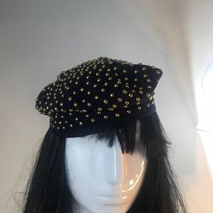 7ccd1adcda114 Accessories - Studded navy beret with gold studs